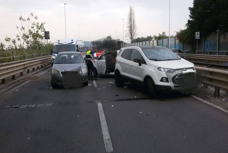CAGLIARI, Incidente sull'Asse mediano: coinvolte tre auto