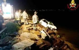 CAGLIARI, Fuori strada con l'auto nella Statale 195: ferita la donna che guidava