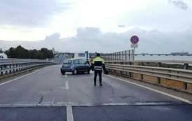 CAGLIARI, Perde il controllo dell'auto sulla 195: illesa una donna di Assemini