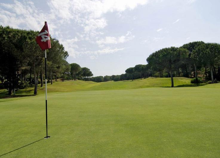 """Is Arenas Golf: """"Non abbiamo mai venduto ville e promuoviamo il golf con rilevanti investimenti"""""""