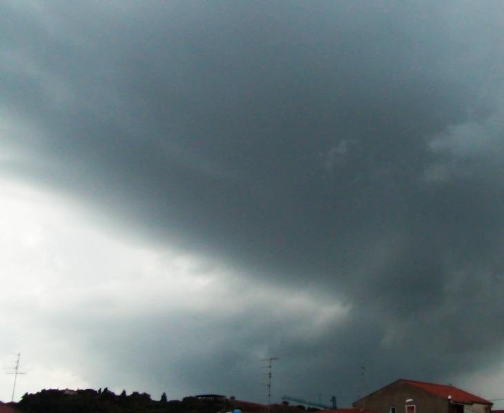 MALTEMPO, Peggioramento del tempo: il Cagliaritano la zona più coinvolta fino a domani mattina