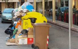 CAGLIARI, Aumenta la tassa comunale sui rifiuti (Tari), ma la pulizia nelle strade non migliora