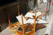CAGLIARI, Lancia i mobili dalla finestra: giovane albanese fermato e portato in ospedale