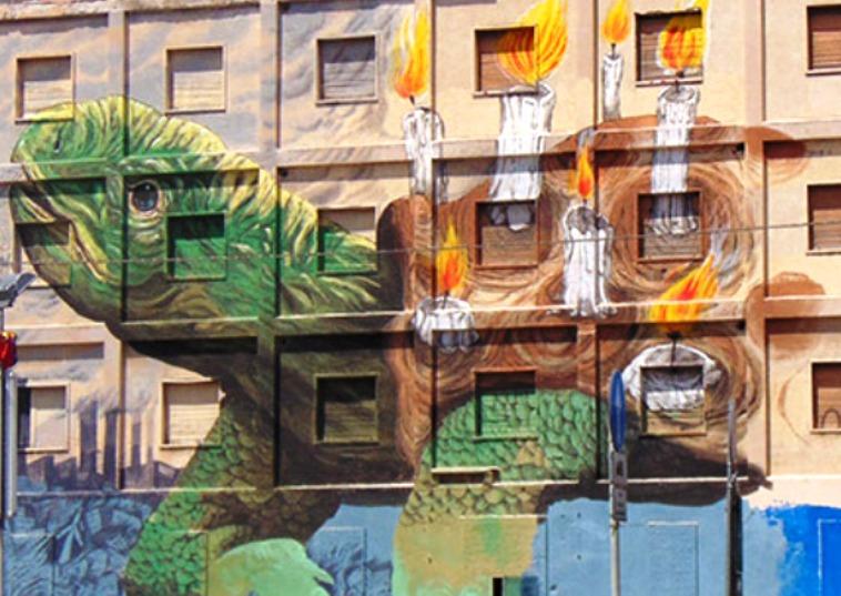 A Sassari una 'tartaruga' dipinta per coprire le poche idee (Biancamaria Balata)