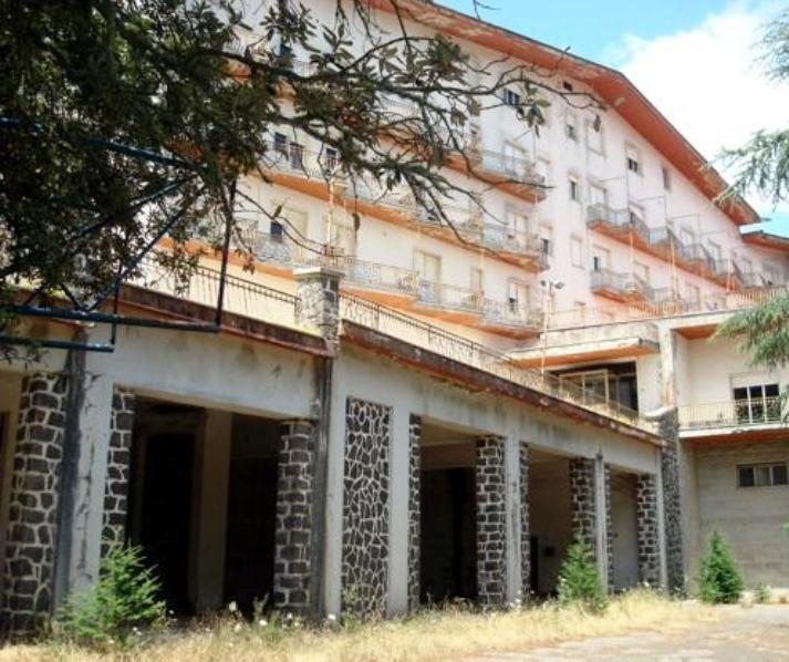"""NUORO, Comitato Monte Ortobene:""""L'albergo Esit deve rimanere una struttura ricettiva"""""""