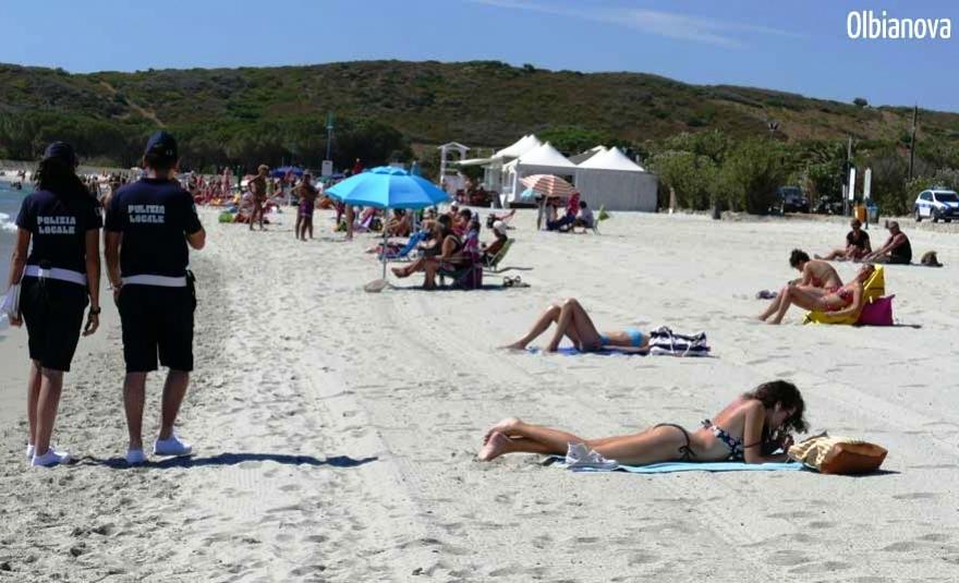 """OLBIA, Una ventina di agenti della Polizia locale impegnati nelle spiagge per l'operazione """"Litorali sicuri"""""""
