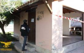 ORISTANO, Sequestrato fabbricato e scuderia abusiva a Pesaria: indagata la proprietaria