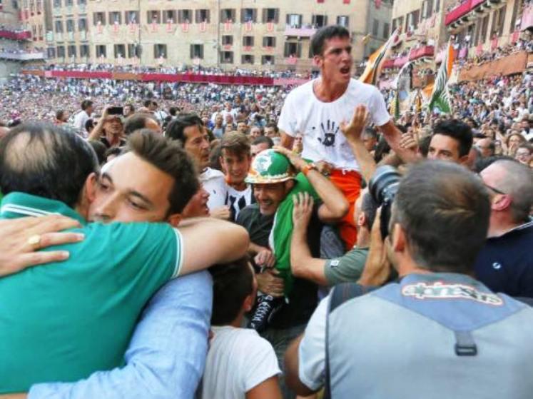 Il Palio di Siena è anche sardo (Vittorio Sanna)