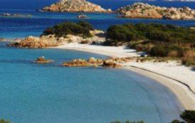 TURISMO, La Sardegna conferma anche quest'anno undici Bandiere Blu