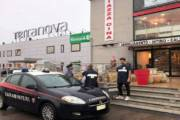 SESTU, Sequestrati nel negozio cinese articoli irregolari per oltre 5,5 milioni di euro: denunciato titolare