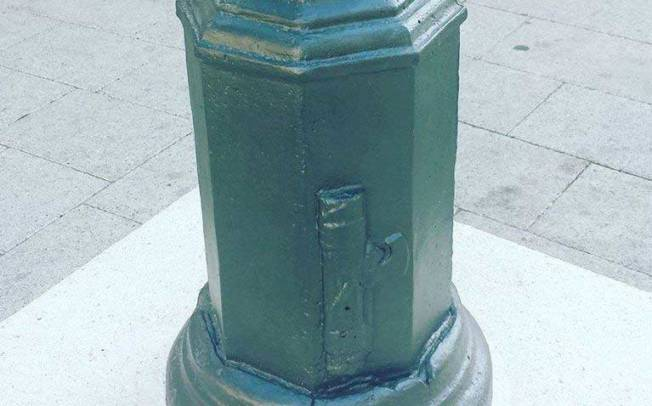 Tornano i fasci in piazza generale Carlo Sanna, nel dopoguerra ribattezzata piazza Gramsci (Angelo Abis)