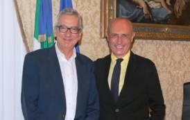 """IMMIGRAZIONE, Pigliaru al ministro Minniti: """"Rispettare quote"""". Nel 2017 in Sardegna previsti 2.000 arrivi in più"""