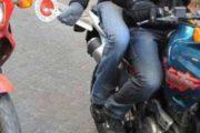 CAGLIARI, Rubano uno scooter in via Paoli, ma vengono scoperti: arrestato pregiudicato 43enne, in fuga il complice