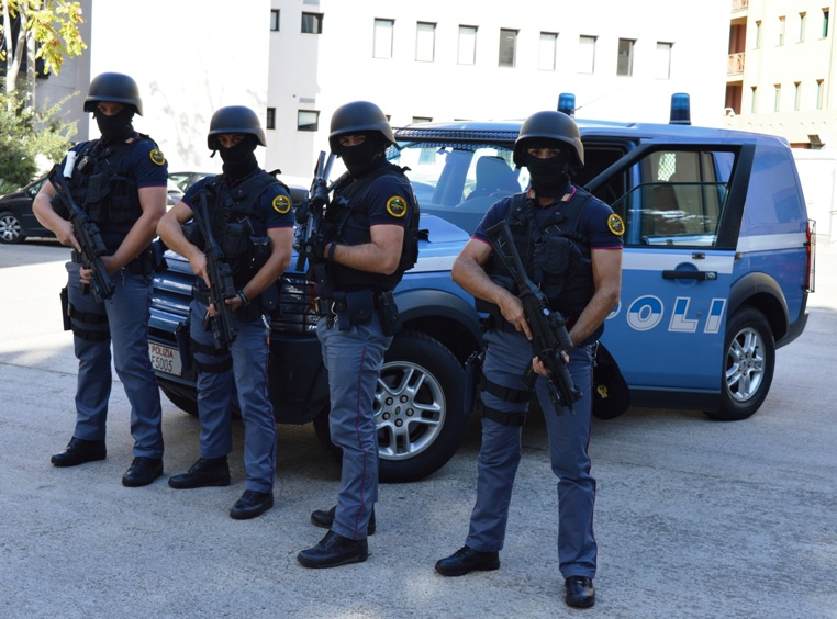 CAGLIARI, Da domani in azione al Porto le Unità operative di primo intervento della Polizia