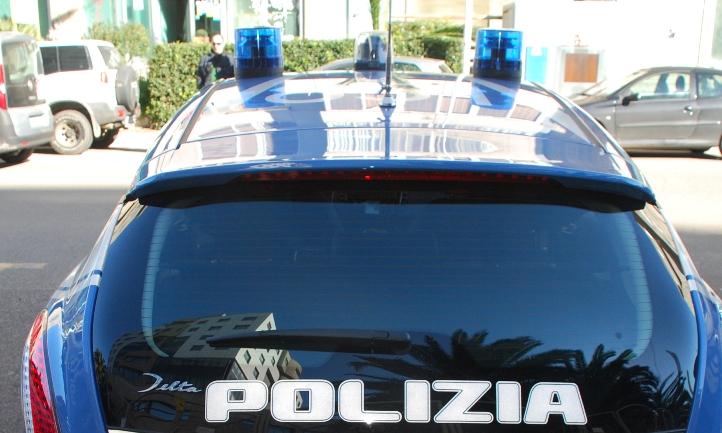 CAGLIARI, Prostituta ed amico arrestati per rapina ai danni di un cliente