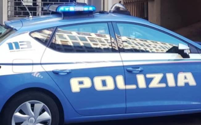 CAGLIARI, Ruba soldi da una macchina in via San Giovanni: arrestato pregiudicato 28enne