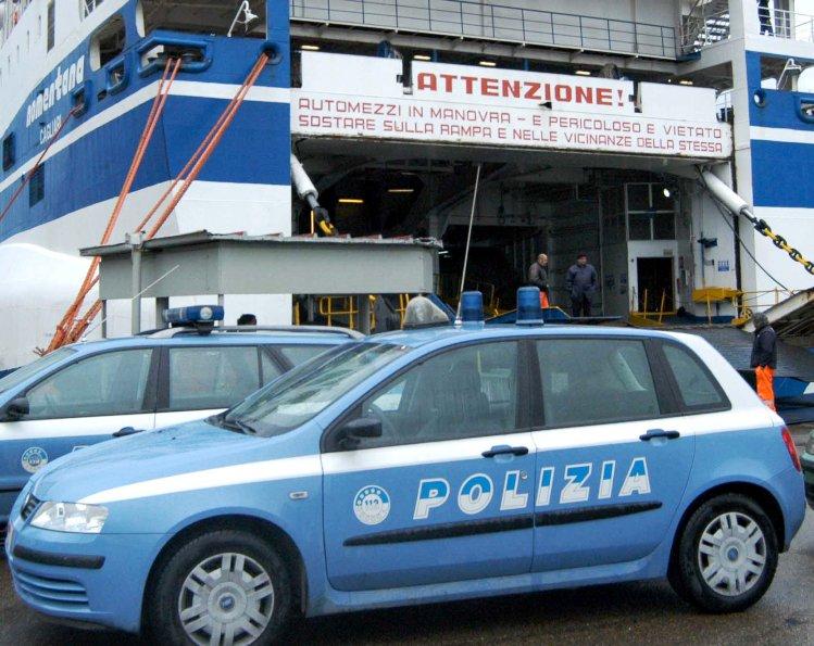 """IMMIGRAZIONE, Agati (Sap): """"Polizia non riesce più a gestire situazione"""". Fratelli d'Italia: """"Servono più uomini e mezzi"""""""