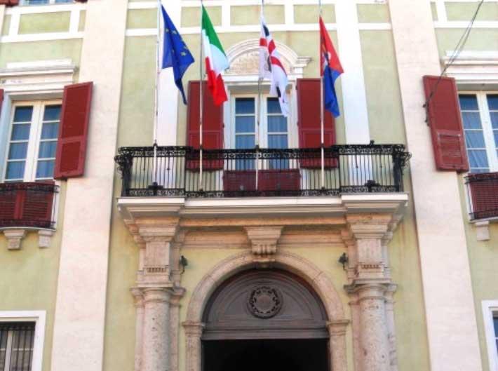 Ufficio Passaporti Questura Di Cagliari : Cagliari polizia di stato dichiarazione di accompagnamento per