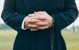 La stagione sarda della caccia al prete (Alessandro Zorco)