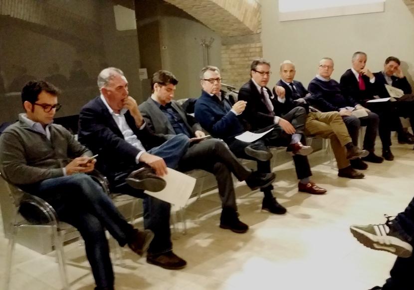 CAGLIARI, I consiglieri di centrodestra compatti (o quasi) vogliono le primarie per scegliere il candidato Sindaco
