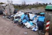 Medau su Cramu: squadre di volontari per raccogliere e differenziare cumuli di spazzatura (Antonio Bruno)