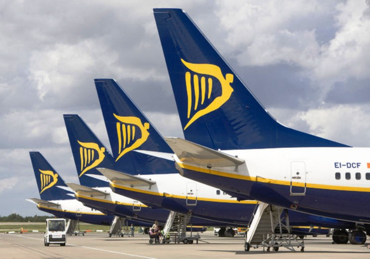 """TRASPORTI, Ryanair abbandona Alghero. Orrù (Psdaz): """"Un disastro della Giunta"""". Cappellacci (FI): """"Pigliaru all'azione o vada a casa"""""""