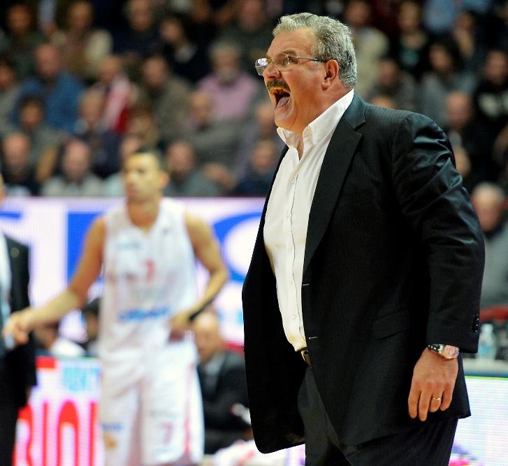 PALLACANESTRO, La Dinamo Sassari ha esonerato l'allenatore Sacchetti
