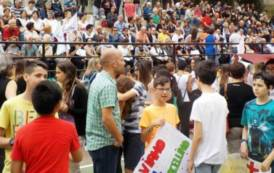 """MURAVERA, Ottocento persone in piazza per dire """"no"""" al depotenziamento dell'ospedale San Marcellino"""