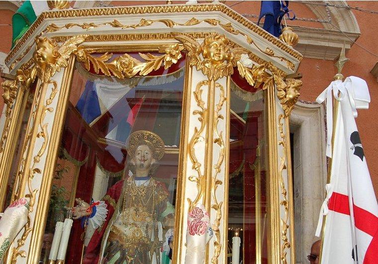 MEDUSA, Pietà e compassione per i 'migranti' morti, ma lasciate in pace Sant'Efisio