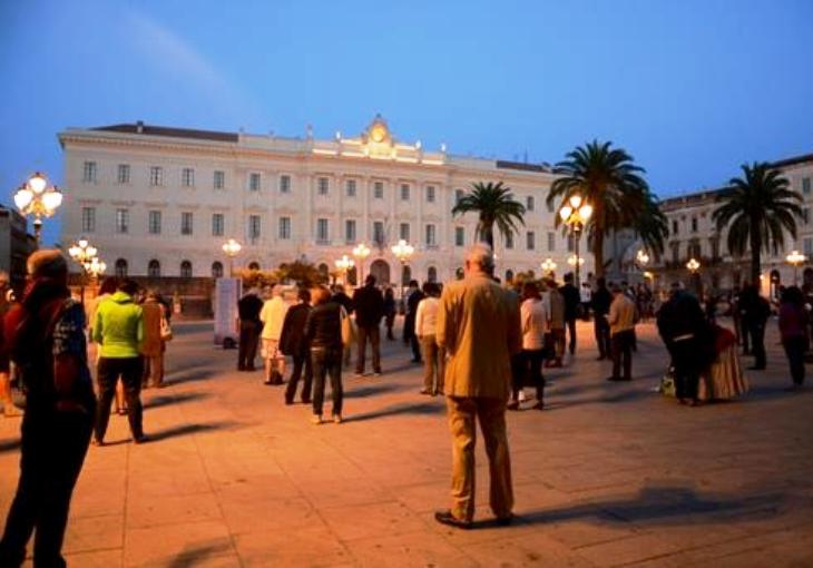 A Sassari in piazza con le Sentinelle in piedi contro la legge Cirinnà (Marcello Orrù – Consigliere regionale Psdaz)
