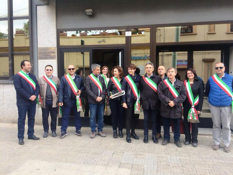 SANITA', Protesta in Assessorato dei sindaci del Sulcis per la situazione nel territorio