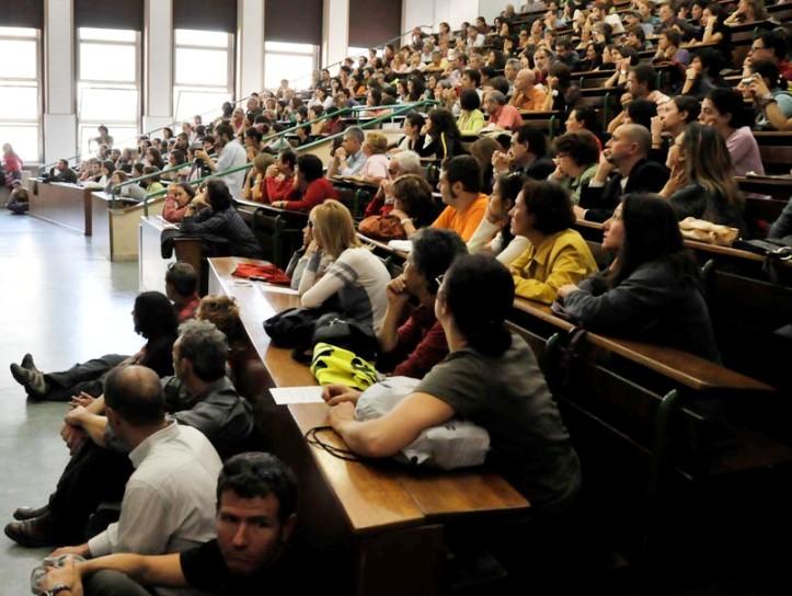"""ISTRUZIONE, UniCa 2.0: """"Regione non aggiorna criteri bandi per borse di studio: 25% degli studenti esclusi dalle graduatorie"""""""
