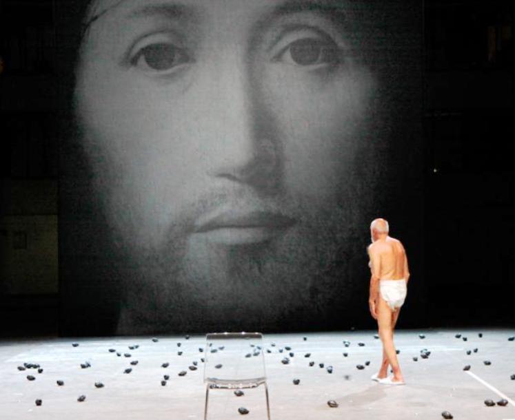"""TEATRO, Truzzu (FdI): """"Bambini che lanciano bombe contro Cristo non è arte: al Massimo un brutto spettacolo"""""""