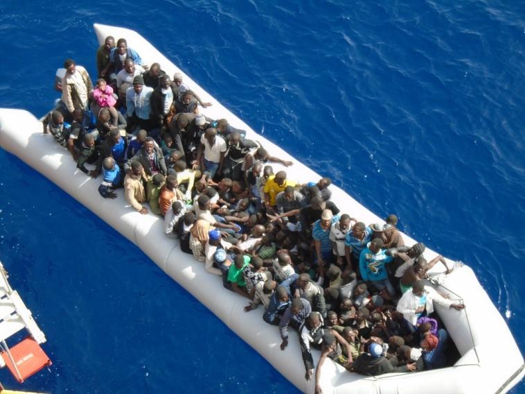 CAGLIARI, Arrivati 880 immigrati da sistemare nell'Isola, dove l'accoglienza è già al collasso da tempo