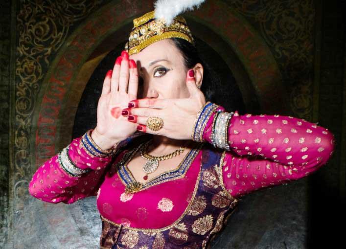 "CAGLIARI, Venerdì 18 Maya Devi ospite al ""Bollywood Night"""