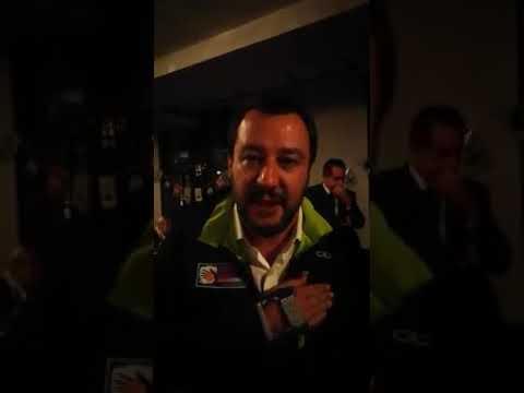 """Videomessaggio del ministro Salvini alla capotreno: """"Esempio di coraggio, senso dell'onore e del lavoro"""""""