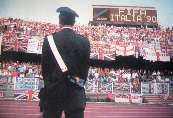 CAGLIARI, Gli incidenti causati dagli olandesi a Roma hanno risvegliato ricordi: quel 16 giugno 1990 con gli hooligan in Città per Inghilterra-Olanda