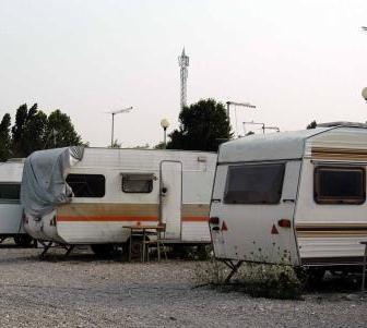 ORISTANO, Denunciati 8 nomadi italiani per ricettazione e inosservanza al foglio di via. Notificati ulteriori 2 fogli di via con divieto di ritorno in Provincia di Oristano per 3 anni