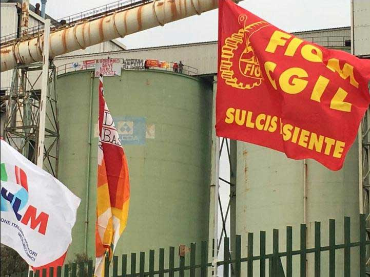 """ALCOA, Putzolu (Cisl): """"Politica del rinvio genera disperazione"""". Rubiu (Udc): """"Basta solidarietà, fatti concreti"""""""