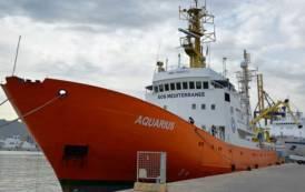 CAESAR, Aquarius prosegue verso Valencia: a bocca asciutta i professionistisardi dell'attivismo umanitario