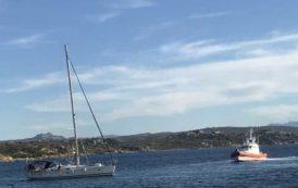 LA MADDALENA, Soccorsi quattro turisti tedeschi: barca a vela incagliata nelle secche di Villa Marina