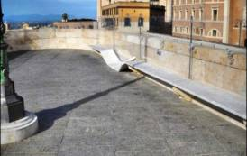 CAGLIARI, Ancora danni al Bastione di Saint Remy, ma il Comune esita ad installare le telecamere