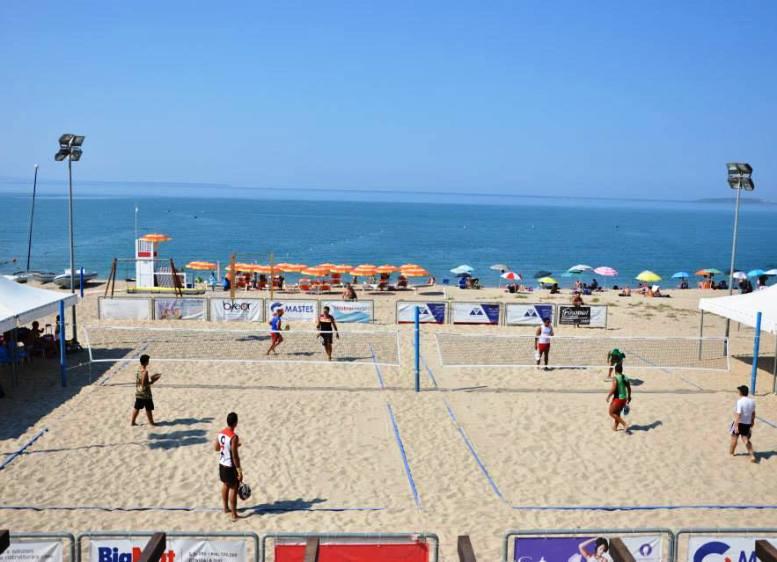 """BEACH TENNIS, Da sabato 19 ad Oristano il primo torneo internazionale """"Eolo beach contest Itf"""""""
