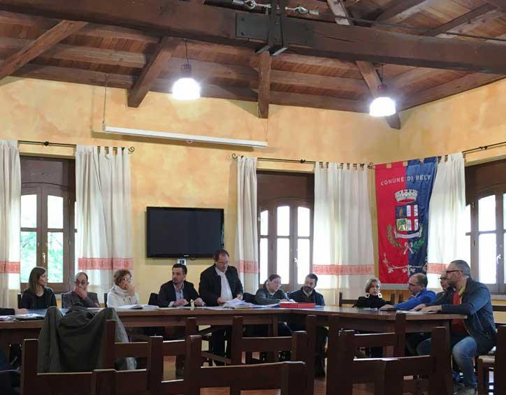 BELVI', Riunione congiunta di Consiglio e Comunità Montana per condannare l'attentato intimidatorio al vicesindaco Cadau