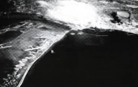 13 maggio 1943. Bombardamenti degli Alleati a Cagliari: oltre un migliaio di morti e 40.000 senza tetto (Emilio Belli)