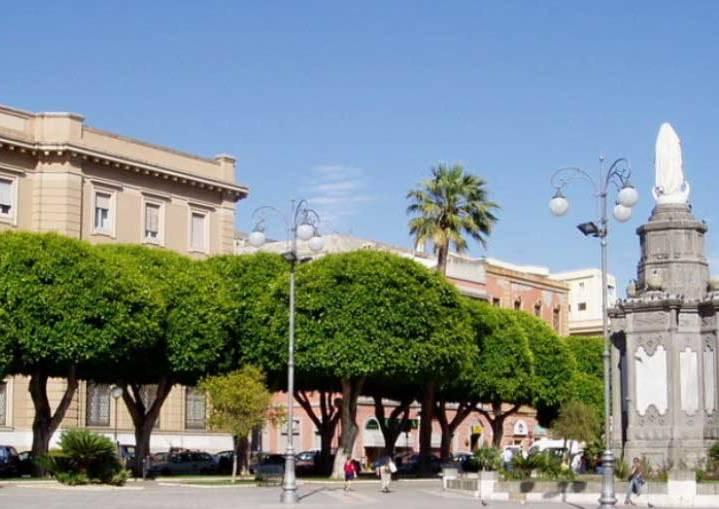 Cagliari_Piazza_Carmine