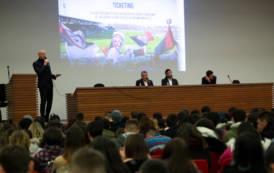 """CAGLIARI, Lavoro e sport: al """"Sardinian Job Day"""" anche il Cagliari Calcio e la Dinamo Sassari"""