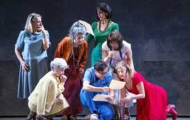 """CAGLIARI, Da oggi per cinque giorni al Teatro Massimo """"Calendar girls"""" con Angela Finocchiaro"""