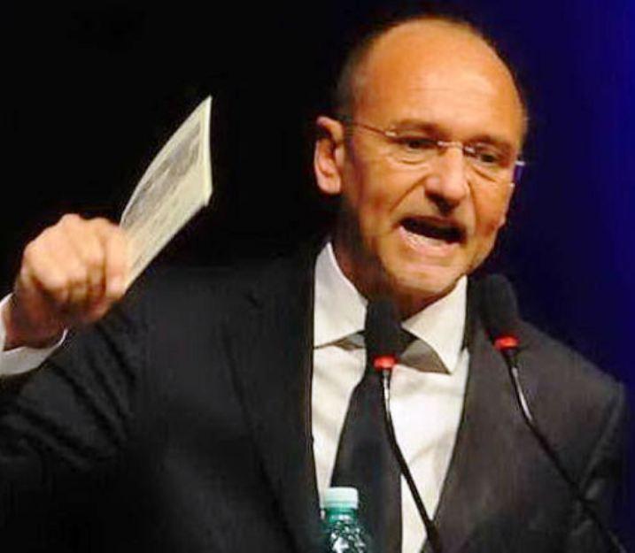 """LAVORO, Cappellacci (FI): """"La Giunta smetta di coprire il Governo. Renzi cacci fuori i soldi dei cassintegrati sardi"""""""