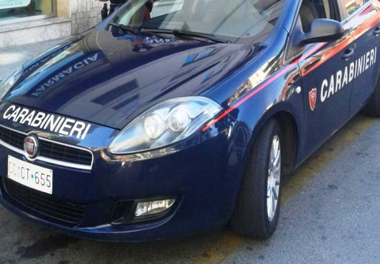 Carabinieri_auto10